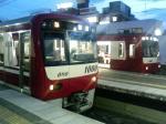 京浜急行で何かと話題の新1000形 6次車(左側)
